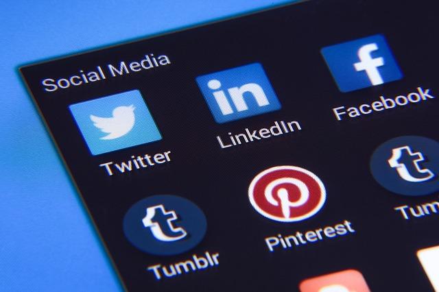 social media agencja